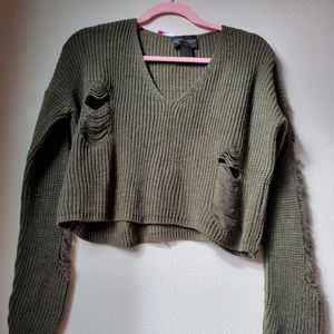 NWT Absolutely Distressed Cropped Sweater